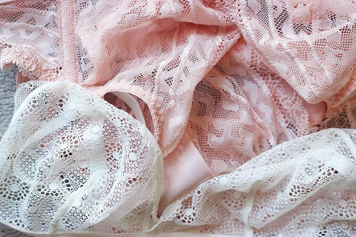 lingerie-delicate