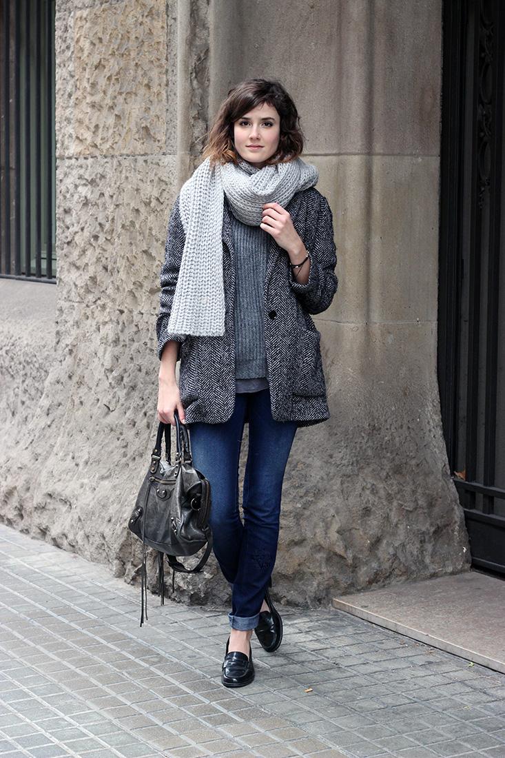 tenue-pull-gris-zara4