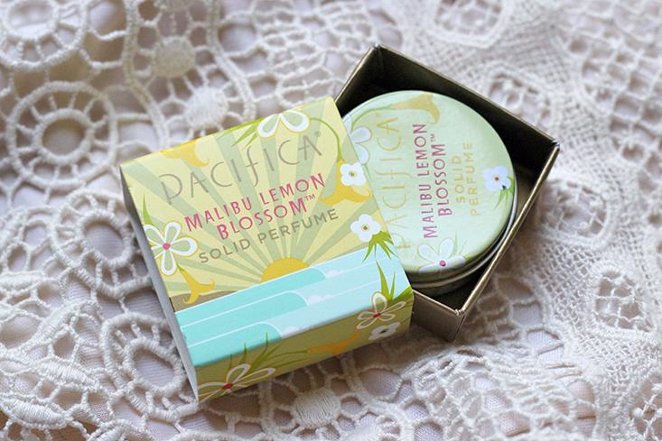 parfum-solide-naturel-pacifica