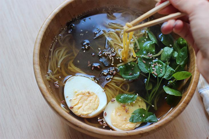 soupe-nouilles-vegetarienne3