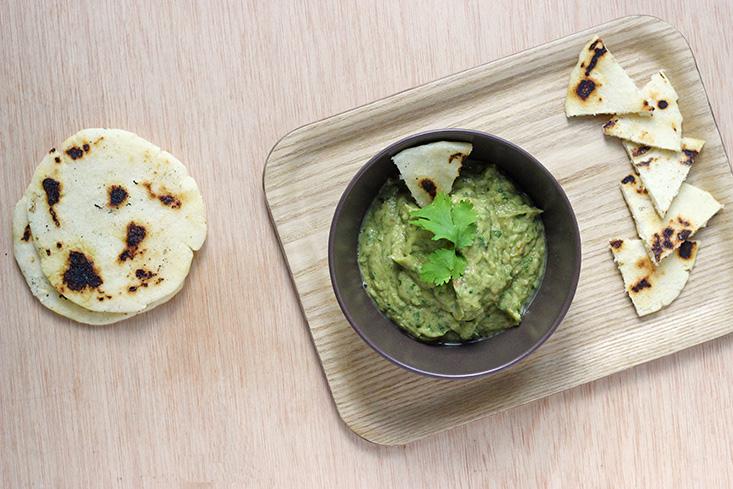 guacamole-arepas