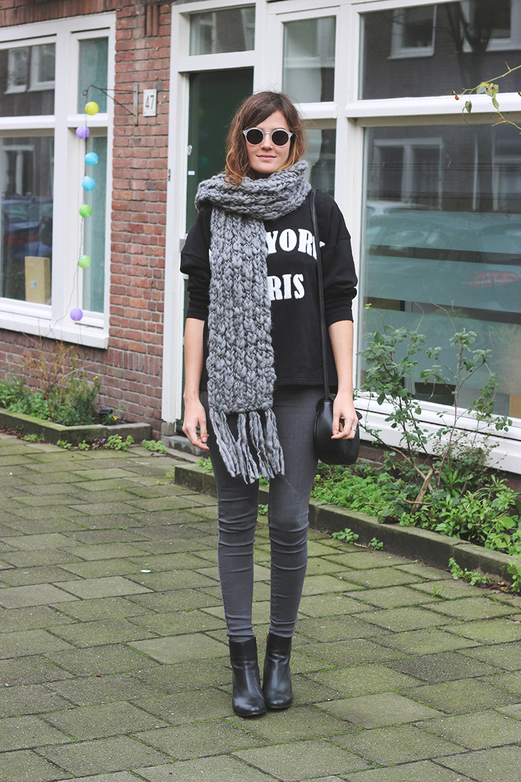 look-sweat-echarpe-grosse-maille2
