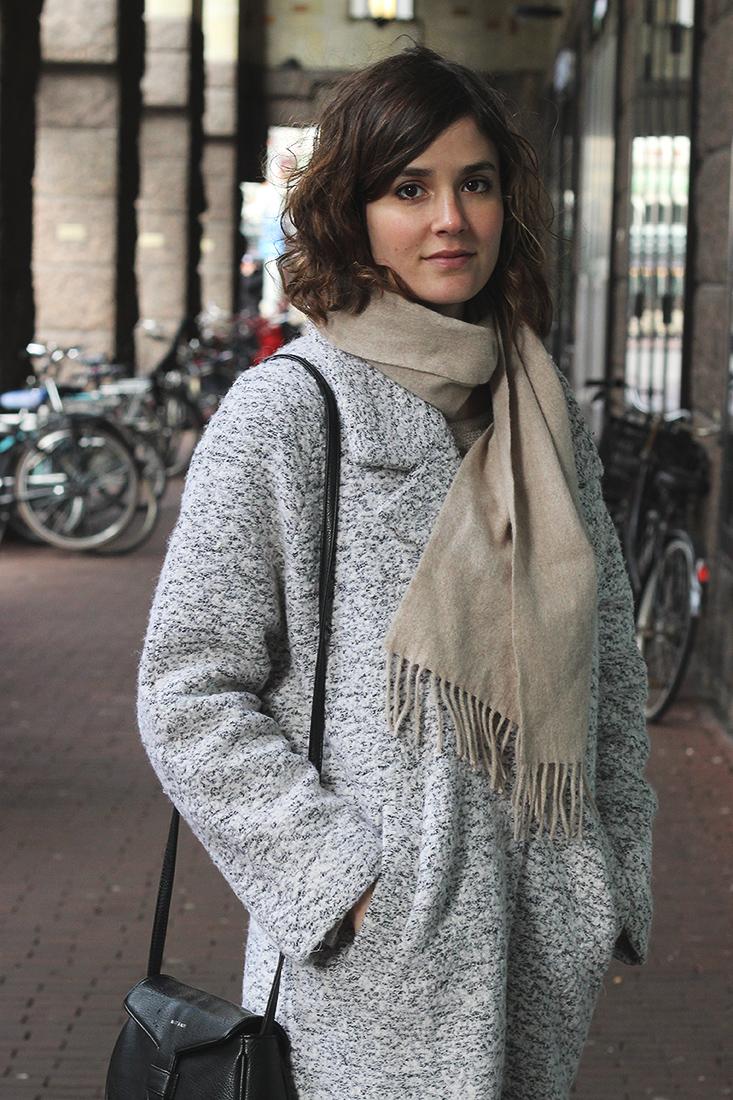 look-manteau-suncoo-gris4