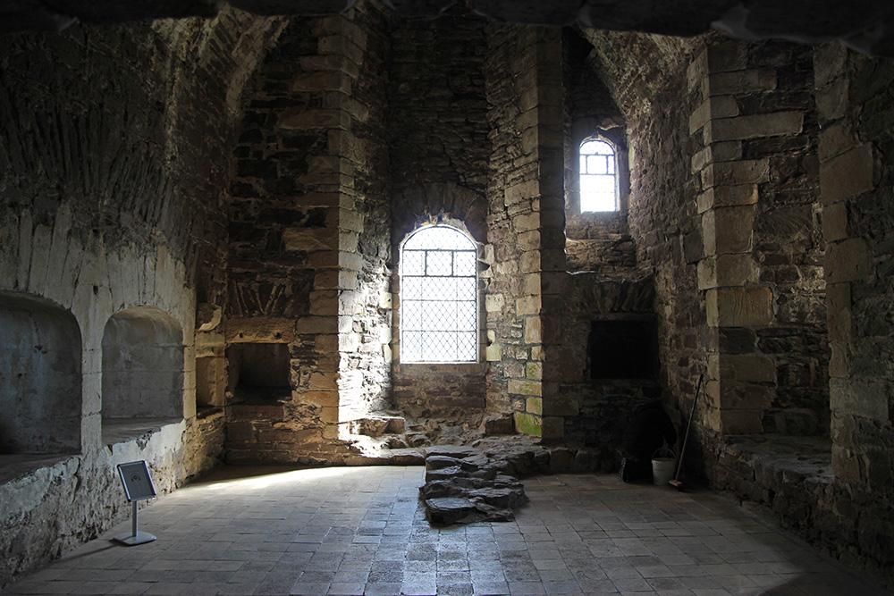 lieux-tournage-outlander_castleleoch3