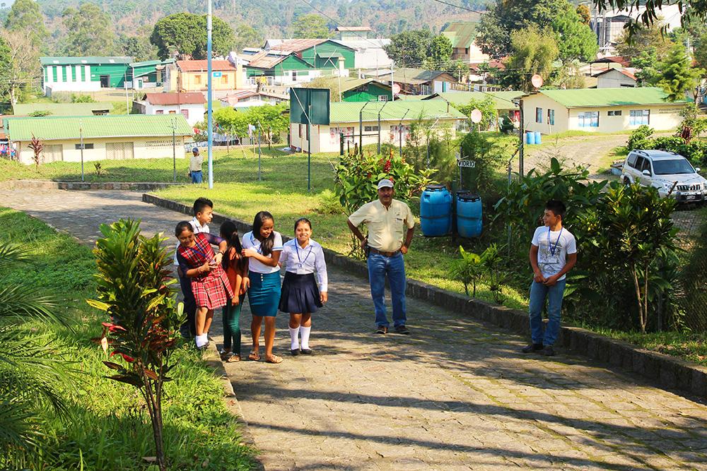 plantation-elpacayal-ecole