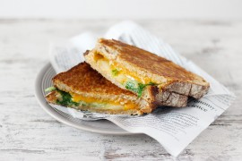 grilled-cheese-poire-miel