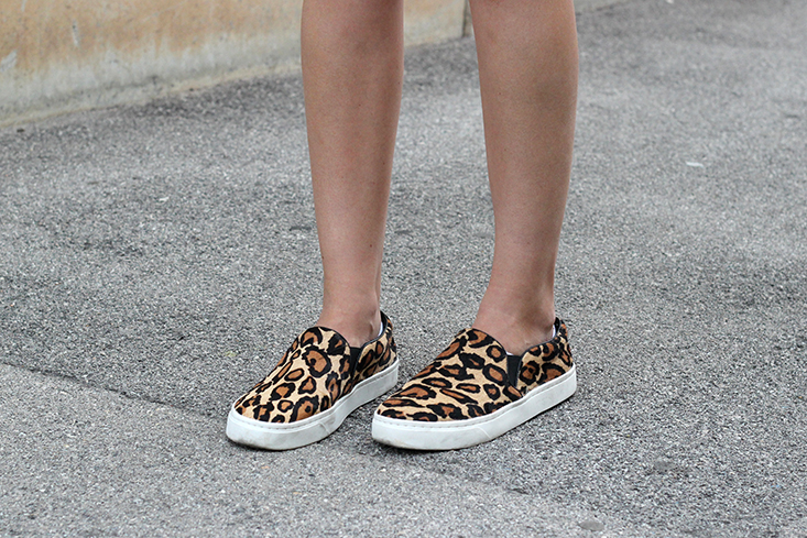 look-slippers-off-duty7