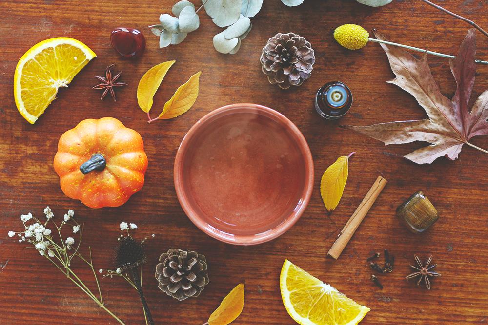 huiles-essentielles-diffuser-ambiance-automne