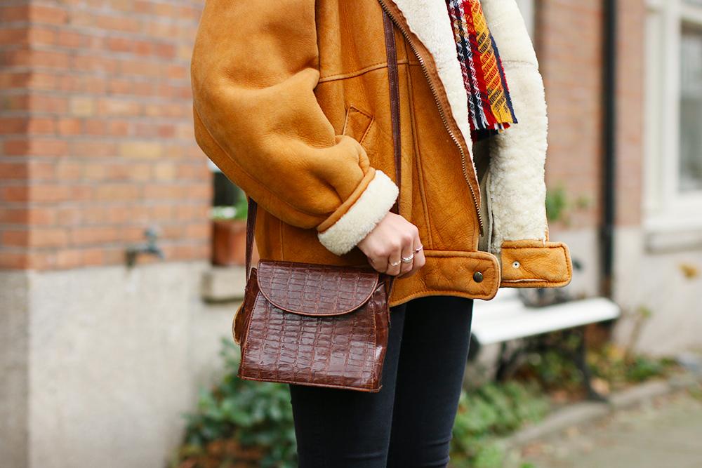 look-veste-peau-lainee-vintage4