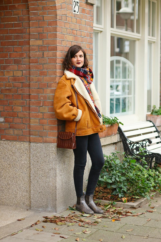 look-veste-peau-lainee-vintage5