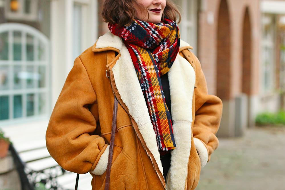 look-veste-peau-lainee-vintage7