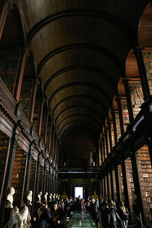 dublin-trinitycollege-bibliotheque2