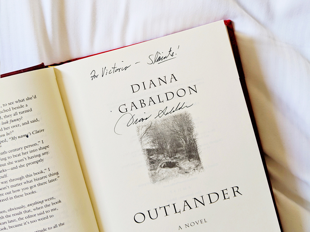 outlander-signature-dianagabaldon
