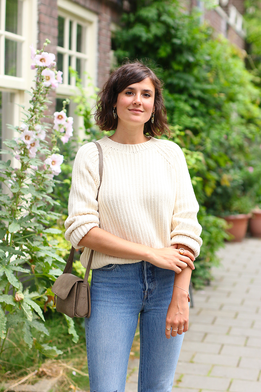 look-pull-coton-lenvers-mom-jeans10
