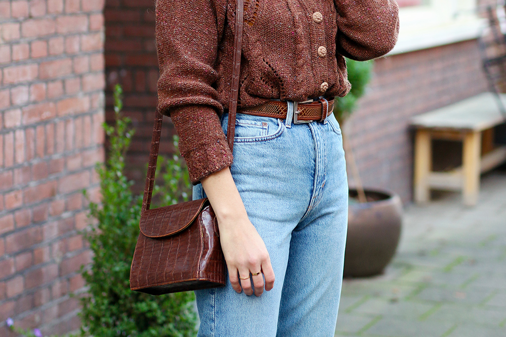 look-mom-jeans-cardigan-vintage4