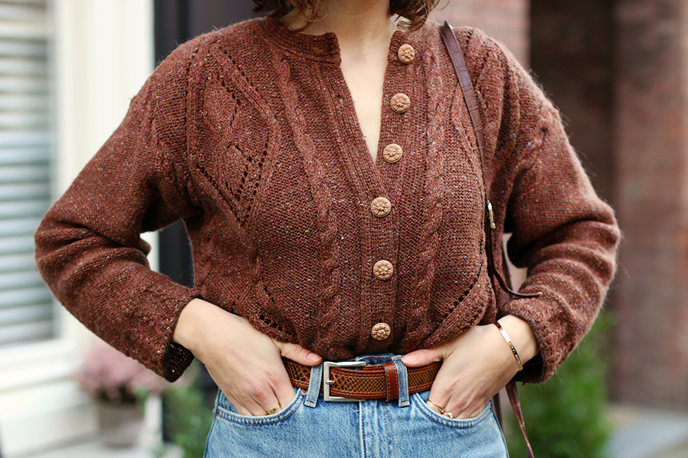 look-mom-jeans-cardigan-vintage6